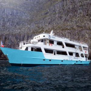 Aqua crucero de buceo galapagos
