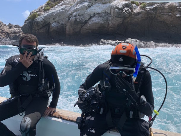 diver entry academy bay diving